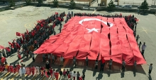 Barış Pınarı Harekatı'na minik öğrencilerden destek