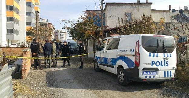 Elbistan'da bir kişi tartıştığı annesini öldürdü