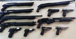 Polis aramasında bir ayda 97 silah ele geçirildi